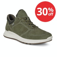 Smart, waterproof and comfortable trainers.