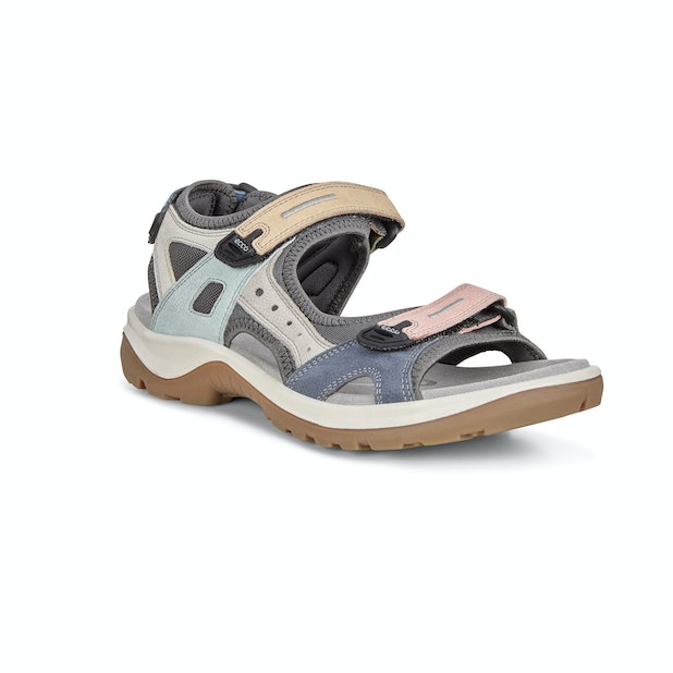 Ecco Offroad - Rugged premium leather walking sandals for the summer months.