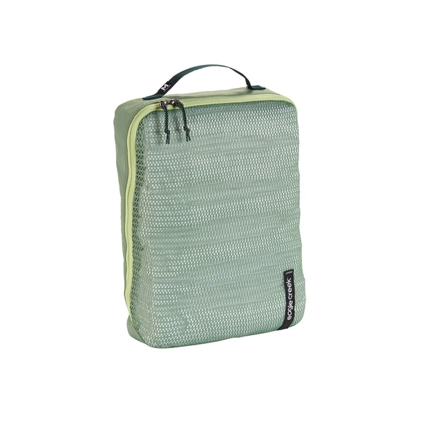 Eagle Creek Pack-It Reveal Cube Medium - Eagle Creek – Reveal is a sustainable and breathable packing option.