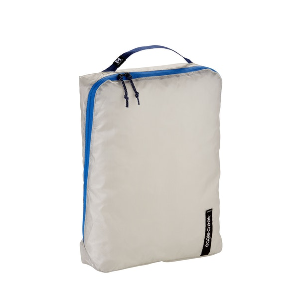 Eagle Creek Pack-It Isolate Cube Medium - Eagle Creek – Antimicrobial cube with innovative design.