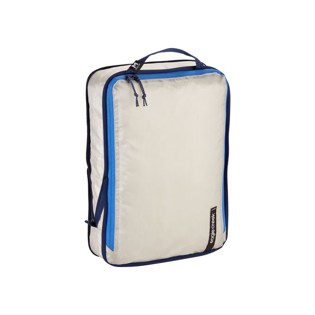 Eagle Creek Pack-It Isolate Compression Cube Medium - Eagle Creek – Antimicrobial compression packing cube.