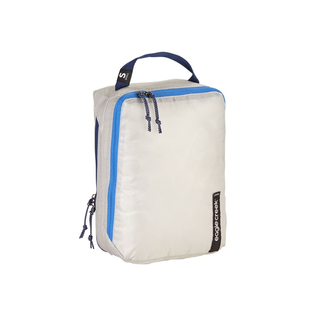 Eagle Creek Pack-It Isolate Clean/Dirty Cube Small - Eagle Creek – Anti-Microbial, ultra-lightweight packing solution for active use.