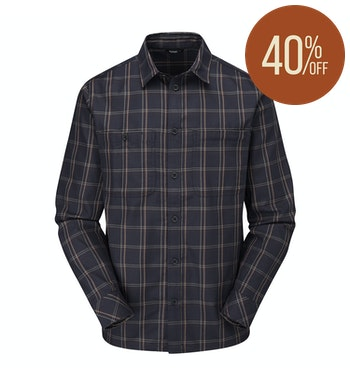 Warm travel shirt with Thermocore technology.