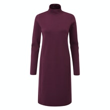 A warm and thermally effective dress - the perfect companion for winter travel.