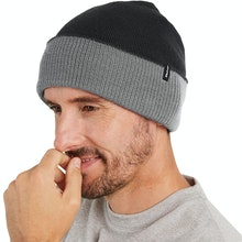 On Body - Unisex merino-blend hat for active outdoor use.
