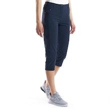 On Body - Versatile, high-stretch capri trousers.