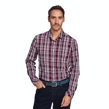 On Body - Versatile, long-sleeved summer shirt.