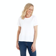 On Body - Cool, stretchy and comfortable linen blend T.